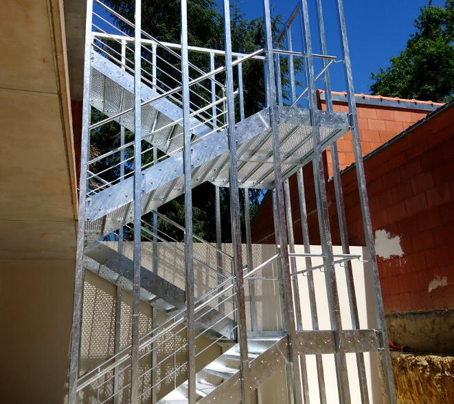 Cage d'escalier extérieur