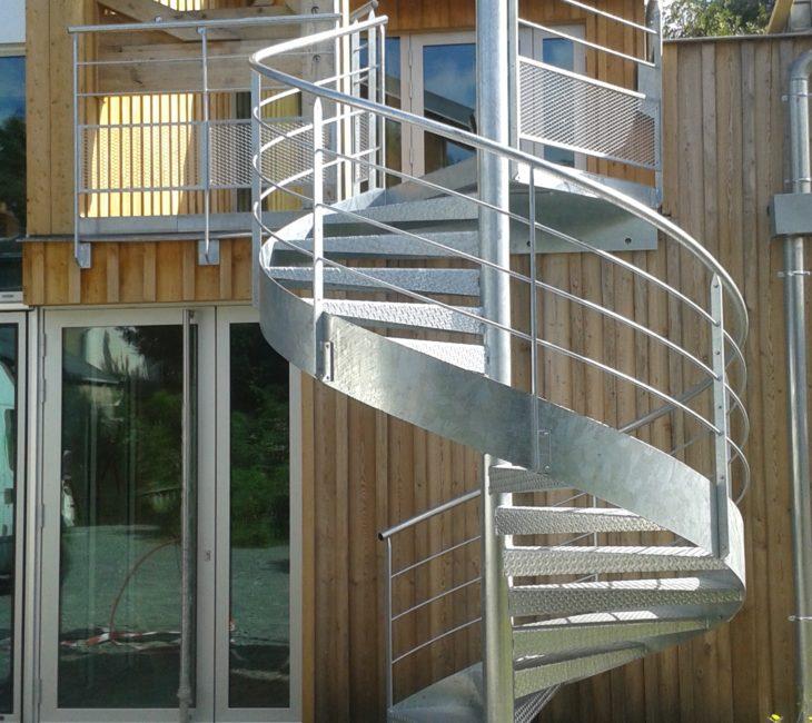 Escalier hélicoidal extérieur
